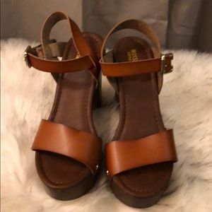 Mossimo heeled sandals